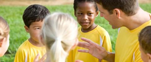 Text från Friends: Varför kan det uppstå kränkningar och ett negativt idrottsklimat?